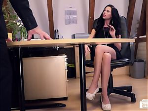 backsides Buero - German secretary humped by manager on a desk