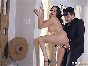 Ariella Ferrera taking it hard in her pussyhole