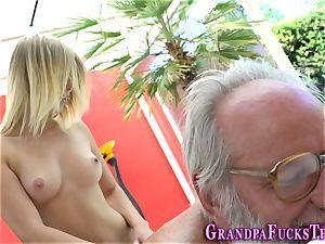 blondie nubile rails granddad
