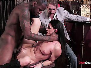super-fucking-hot wifey India Summer ejaculating on a black fuckpole