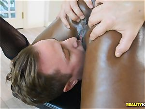 ultra-kinky black hottie Ana Foxxx arrives as a cop and jams the schlong of Jessie in her minge