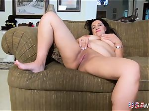 USAwives chesty lush Mature Solo getting off