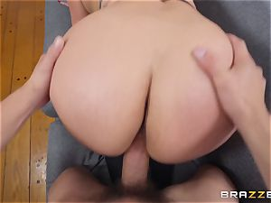 Cristal Caraballo romped in her latina pussyhole