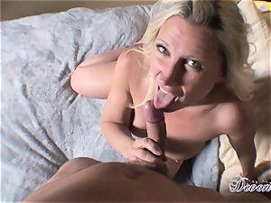 Devon Lee is lovinТ her man's whip plunged in her mouth-watering hatch