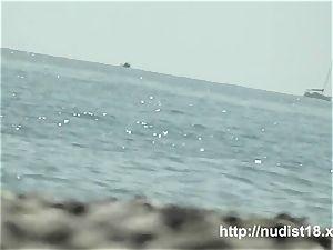 red-hot bare chick spied beach voyeur
