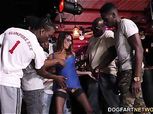 Dava Foxx interracial gang-fuck