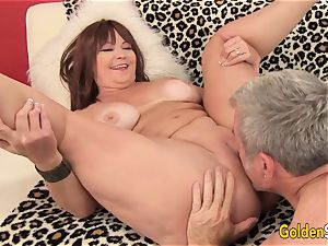 Mature Hoochie Isabelle enjoy Is boned by a Goateed guy
