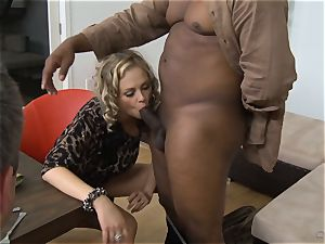 Frustrated wifey Katie Kox gets drilled on a table in front of her guy