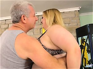 bbw Nikky nastier sated by a masseuse