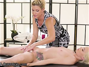 horny teenage Elsa Jean groped by sizzling cougar lecturer