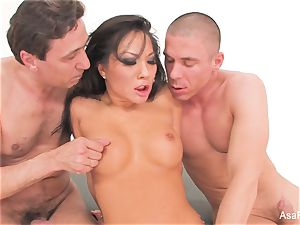 chinese cutie Asa can't get enough man rod