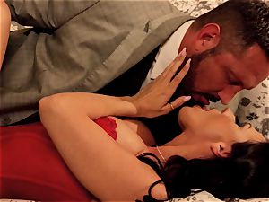 Indiscretions Sn two off the hook ravaging with Rachel Starr