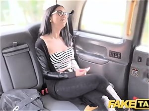 faux cab Spanish dark haired with lovely bald vulva