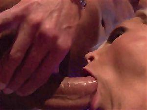 Blazing Nikki Benz inserts her hatch with hard lollipop