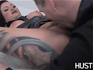 goth cougar Lola sugary fuckbox nailed with man-meat and fucktoys