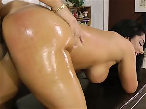 Oily biotch Bella Reese glides in a firm schlong