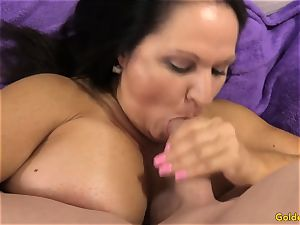 old dark-haired Takes a salami in Her facehole and labia