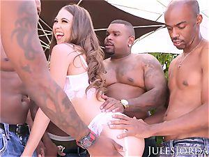 Jules Jordan - Riley Reid multiracial gang-fuck