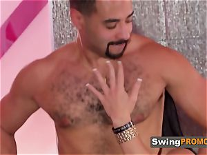 Swinger husbands sheer pleasure themselves by total interchanging couples