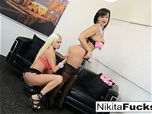 super-fucking-hot Russian Nikita Von James drills porno pioneer Lisa Ann