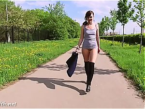 Jeny Smith showcasing her cunny in public