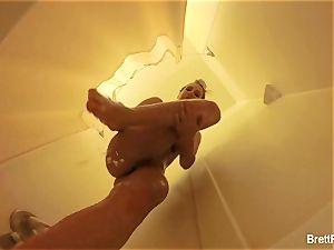 sumptuous ash-blonde Brett Rossi takes a super-cute shower
