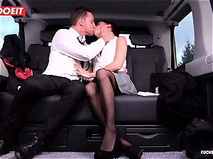 LETSDOEIT - Czech hottie Rocks cab Drivers World