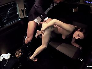 torn up IN TRAFFIC - red-hot car drill with spectacular Czech honey
