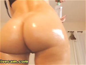 sumptuous lean ash-blonde flash Her pussy On webcam