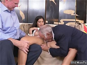 super-naughty senior cougar and fellow gets fellatio first time Going South Of The Border