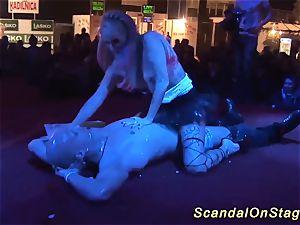 public lap dance with a flexi honey