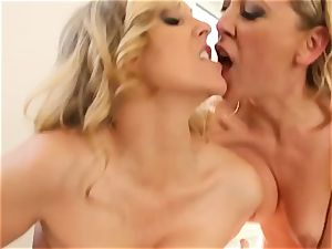 double rubdown for mature stunner Julia Ann and threeway poked