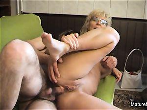 Mature blondie mega-slut receives an ass fucking tearing up
