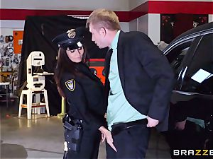 torrid cop Ava Addams takes advantage of a opportunity grip